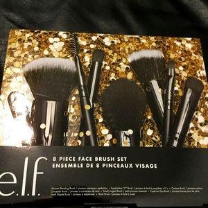 E.L.F 8 brush set